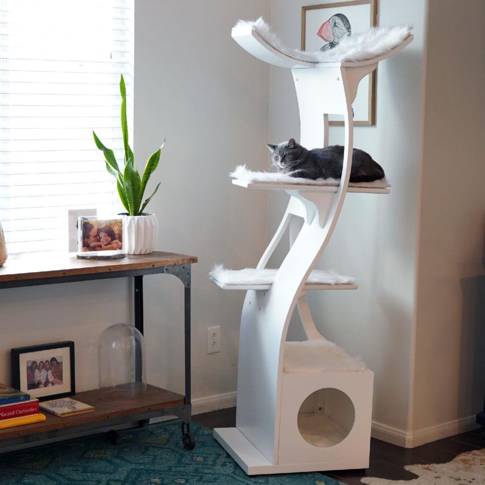 Lotus cat tower in white